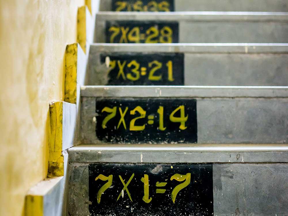 Matematica, tabelline sulle scale