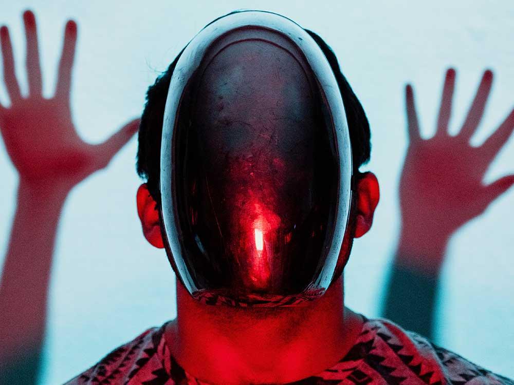 uomo e intelligenza artificiale