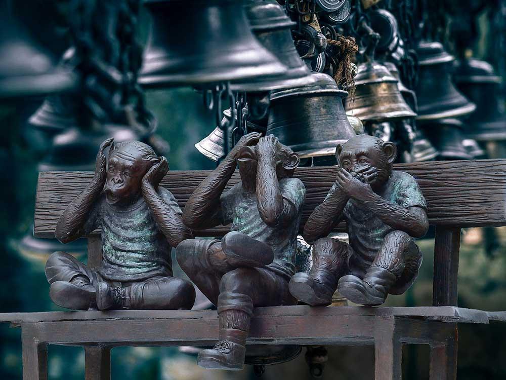 Tre Scimmie: Non vedo, non sento, non parlo