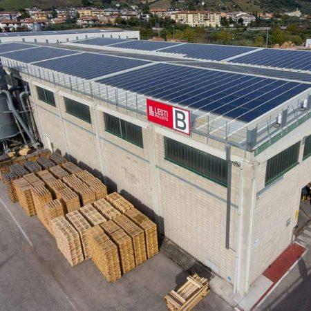Stabilimento B con installazione di fotovoltaico