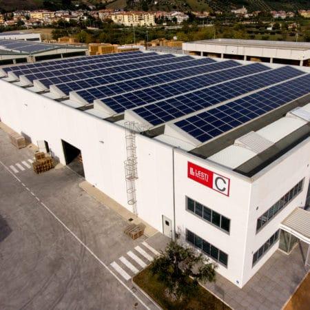 Stabilimento C con installazione di fotovoltaico